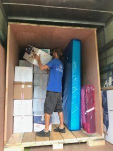 remplissage conteneur déménagement DCF Mayotte